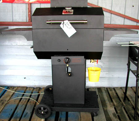 Bubba's Black Steel Gas Grill